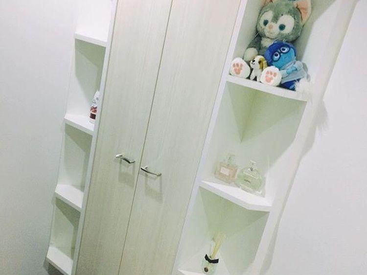 Myhome Entrance White Cat Gelatoni Cavalier King Charles Spaniel Insidehed Kanashimi
