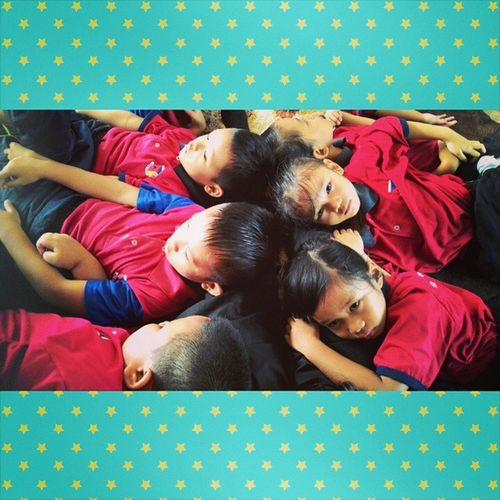 Ye...sbb kaki cg die mmg bantal personal diorg...hamboih! Mykids Preschooltroopers Skngbangkit Songlalala