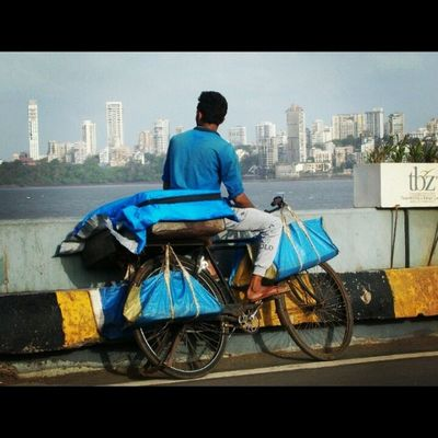 Wishing to cross..... ... ..... Photogrid Picoftheday Loveit Enjoy Morning Photography Man Cycle Everydaymumbai Mumbaiman Instalover Moody Mazimumbai Cheapcamerachallenge Nikon_coolpixl29 Instafan Ty