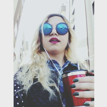 Olalala ?❤ Gril Beauty Glass Tea Happy Redlipstick Yellowhair Amazing Hello World Enjoying Life