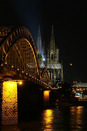 Cologne Canon Light GERMANY🇩🇪DEUTSCHERLAND@Lasershow Lichter Rheinufer Rhein Hohenzollernbrücke Brücke Bruc Lasershow Im Dom Kölnerdom Köln Dom Germany Nachtfotografie Nightphotography Nachtaufnahme