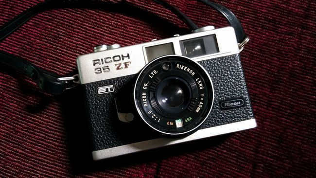 Camera - Photographic Equipment Cameraready Ricoh35zf EyeEmBestPics Enjoying Life Simplicity Single Object Minimalist Photography  Still Life