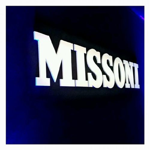 Entering the women's Missoni fashion show on sunday!! Missoni Mfw Fashionweek Fashion