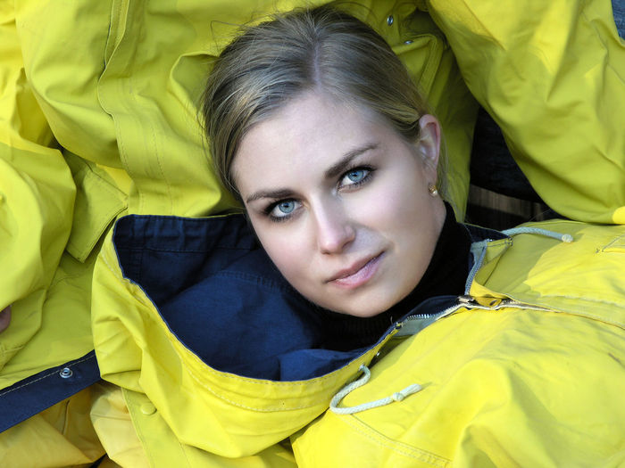 Portrait of a young woman in a yellow raincoat Yellow Looking At Camera Portrait Young Adult Young Women Relaxation Beauty Women Headshot Leisure Activity People Girl Raincoat Rain Jacket Clothing Blond Hair Beautiful Weather Outdoors Ostfriesennerz Vacations Rügen Relax Nature Pretty