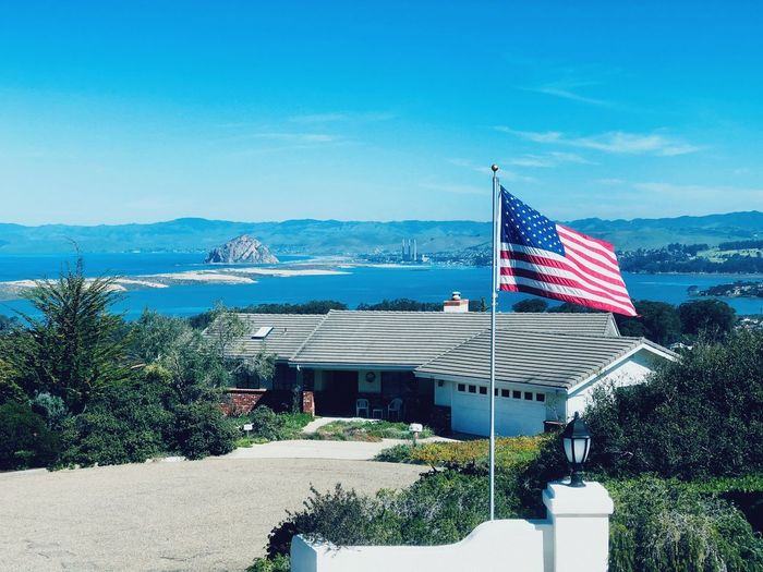 United, let's try please. Bestrongbebetter Spreadlove Los Osos, Ca Therock Sky Patriotism Flag Blue Nature Water Day Outdoors Sea Architecture