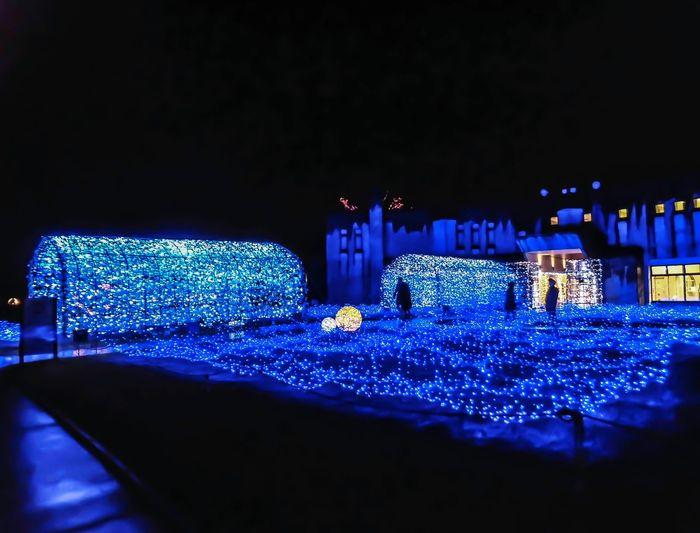クロスランドのイルミネーション Night Illuminated Christmas Lights Christmas Decoration Outdoors Illumination Blue Color Blue Cross Land Oyabe Oyabe Toyama Japan
