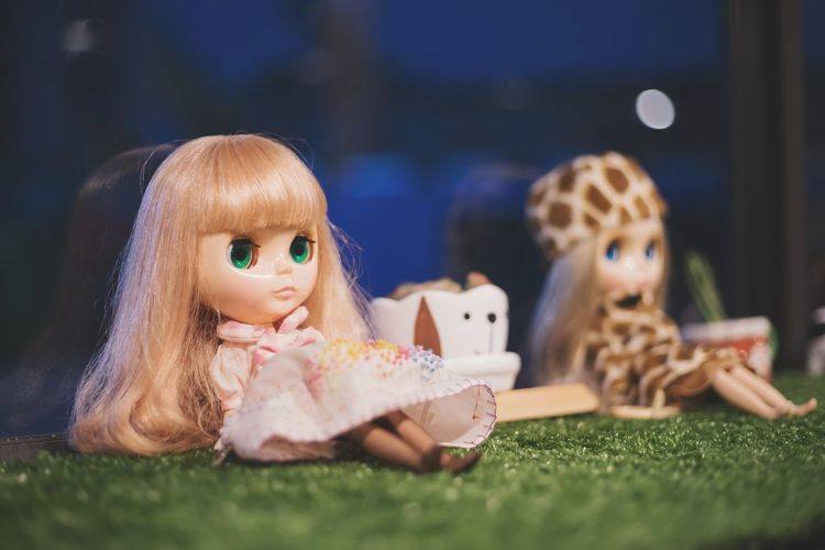 Child Enjoyment Children Only Fun Girls Childhood Smiling Lying Down Portrait Looking At Camera People Lifestyles Friendship Cheerful Togetherness Headshot Happiness Grass Females Doll Blythe Doll Lovely Halloween Females Human Body Part