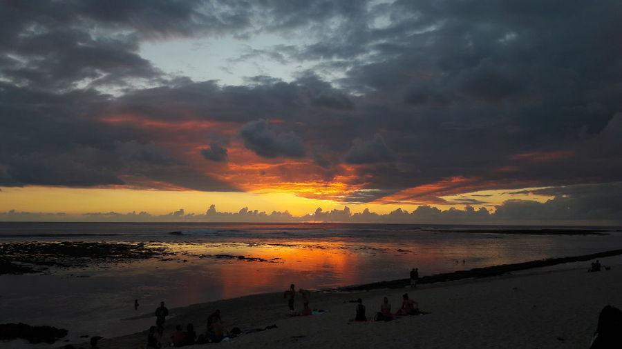 Tropical Sunset Reunion Island Réunion Island ♡ Sunlight Mascareignes Storm Sea Sun Sea Sun Sea And Sky Île De La Réunion