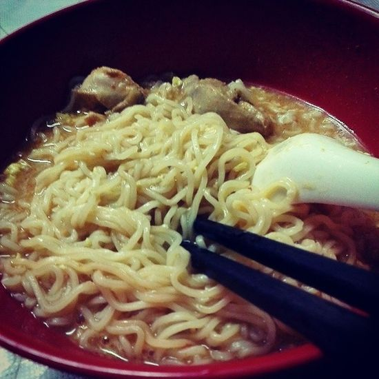My Aftermidnight snack! Maggi Thisishealthyfoodright ? IneedtolookgoodforEid eat Alwayshungry