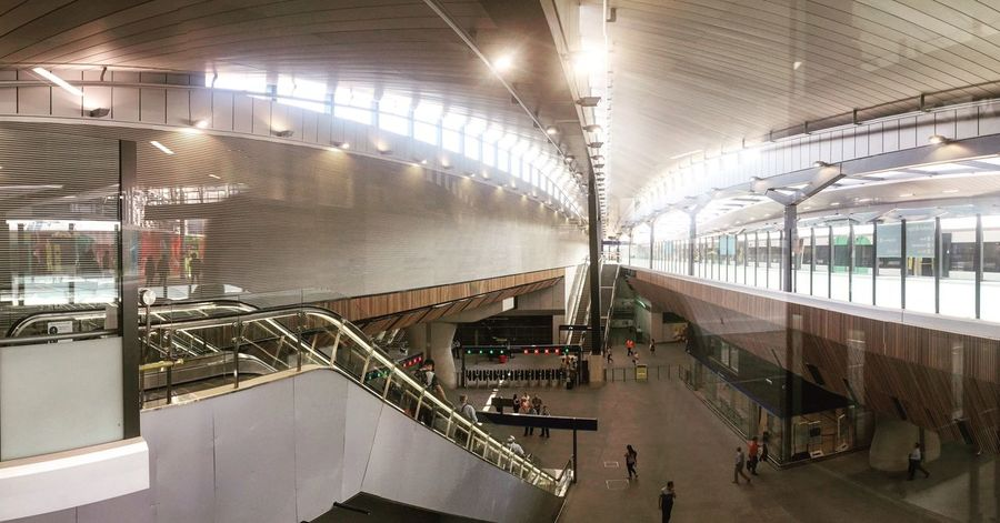 London Bridge railway station opens with a new redesign Transportation Railroad Station High Angle View Architecture Architectural Detail Architecturelovers Architecture_collection Architectural Column Architecturephotography Architecturalphotography Architecture Details Architectural