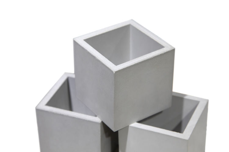 White pots for