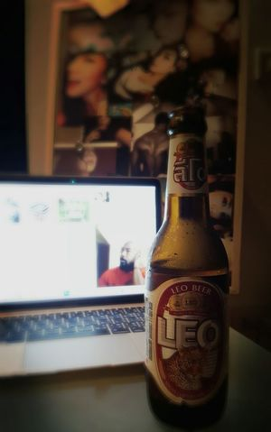 Cheers to weekend...i'm spending mine quietly..always good.. Chill At Home Cheers ! Beer Time Lazy At Home My Weekend Love