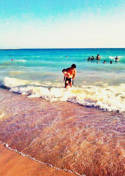 Deniz Kum Gunes 3 lü sü ?? Happyday Swimming Mybrother And Sea Hello World Hellopeople♥ ??✌✌