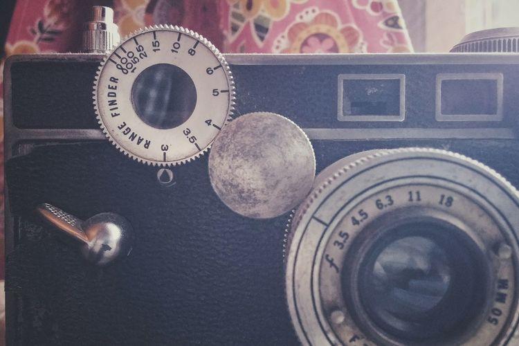 The brick. Argus C3 Rangefinder Cameras Vintage