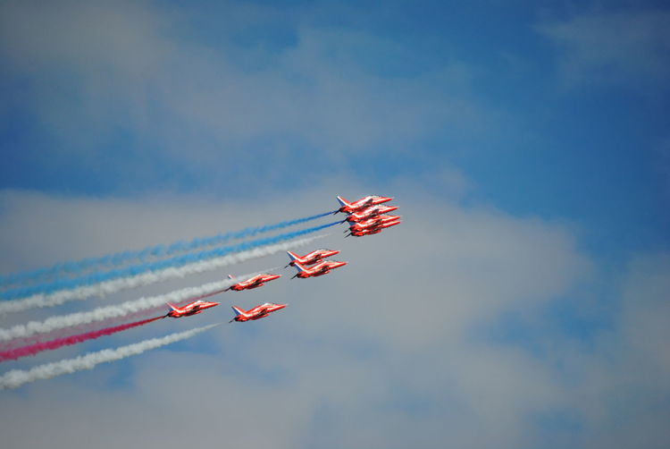 red arrows Red Arrows Air Display Jets Planes Overhead Planes In The Sky Airshow Planes, Trains And Automobiles AirPlane ✈ Aircraft