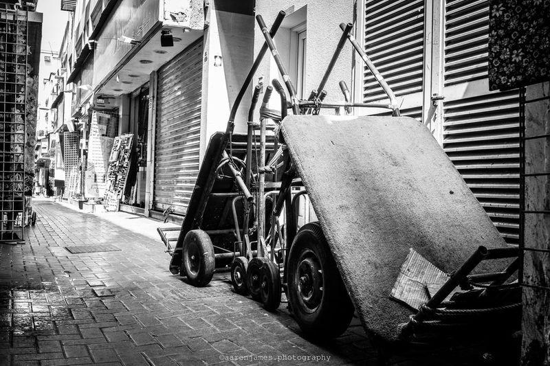Wheels Built Structure Outdoors NIKON D5300 Uaelife🇦🇪 Freestyle First Eyeem Photo Street Photography EyeEm Best Shots EyeEmNewHere EyeEm Gallery Streetphotography UAE , Dubai Blackandwhitephotography Dubaicity Dubai