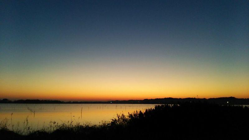 今日もいい天気。 霞ヶ浦 夜明け前