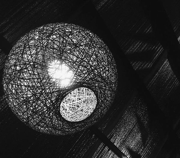 The light revealed what the dark concealed. VSCO | Vscocam | Vscocamph | Vscocambcd | VSCOPH | Vscogood | Vscogram | Vscogallery | Light | Hole