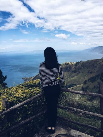 People And Places Battle Of The Cities Standing Lifestyles Beauty In Nature Nature Casual Clothing Vacations INDONESIA LakeToba