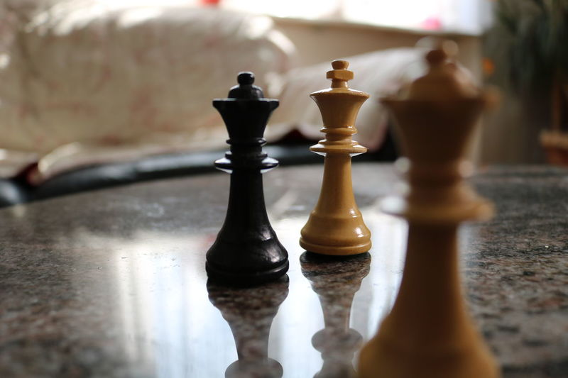 chess queen and king King Losing Queen Winning Chess Chess Piece King - Chess Piece Knight - Chess Piece Leisure Games Match Queen - Chess Piece Strategy Versus