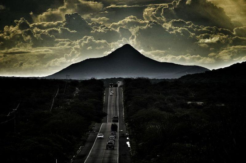 Pico do Cabugi / Único vulcão do Brasil Astronomy Tree Star - Space