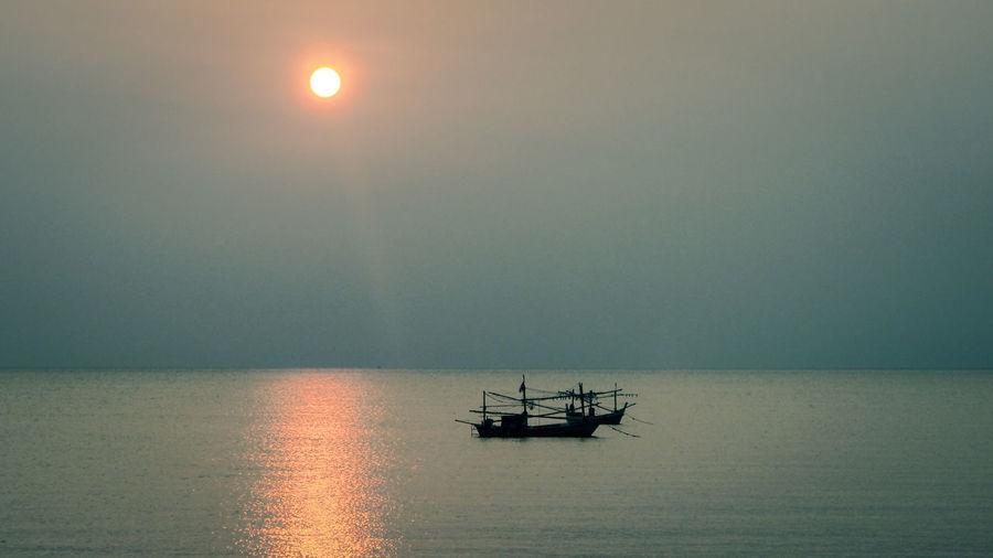 Ocean, morning, Calm, Smooth, Boat, Fishing boat, Sky, Sunrise