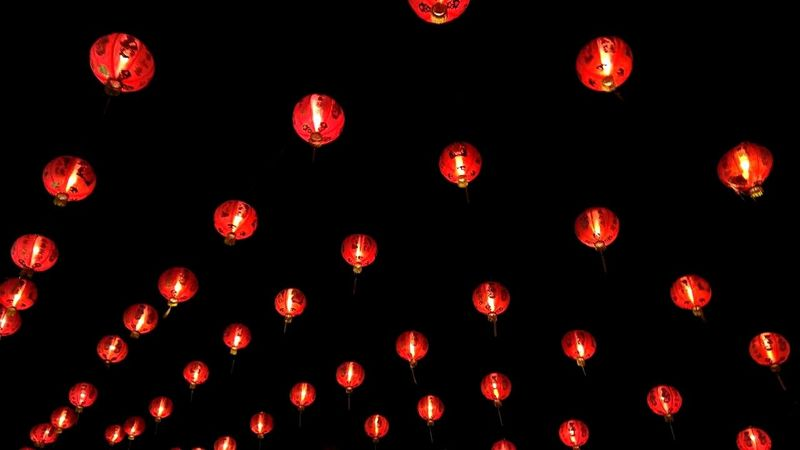 Perhaps it difference lanterns, festival and moment. No matter if we can't fly the lanterns together today, we always have beautiful day when we spend time together. I always falling in love with the same person, and the person is you, chandra yuda pratama. Although without you beside me today, i always keep you in my heart. Gong Xi Fa Chai Learn & Shoot: Leading Lines Open Edit Night Lights Light And Shadow EyeEmFestival15 Urban Geometry Landscape Minimalism Monochrome Capture The Moment Skyporn Nordic Light Getting Creative Creative Light And Shadow