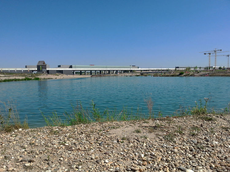 Lake Outskirts Seestadt Aspern Summer In The City Sunday Afternoon Surface Vienna Water