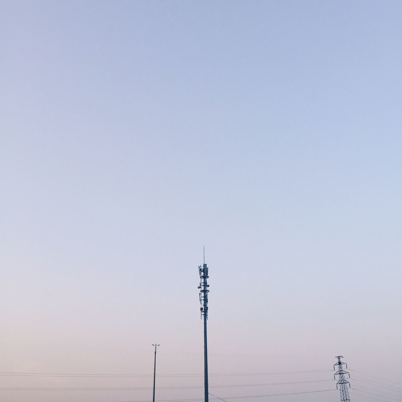 connection, copy space, communication, clear sky, technology, antenna - aerial, electricity pylon, electricity, no people, cable, power supply, outdoors, nature, day, television aerial, telecommunications equipment, beauty in nature, sky