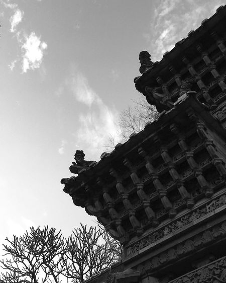 Foshan,China Built Structure Low Angle View Architecture Close-up Ancient Architecture Outdoors Ancient Culture Showcase: February Black And White Photography Blackandwhite PhonePhotography IPhoneography IPhone 6s