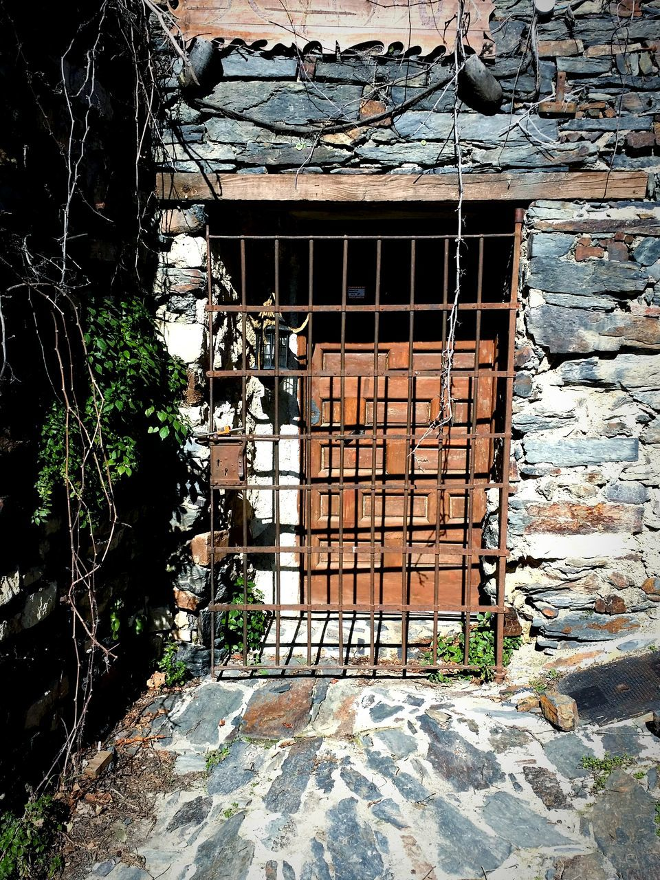architecture, door, no people, built structure, day, building exterior, outdoors