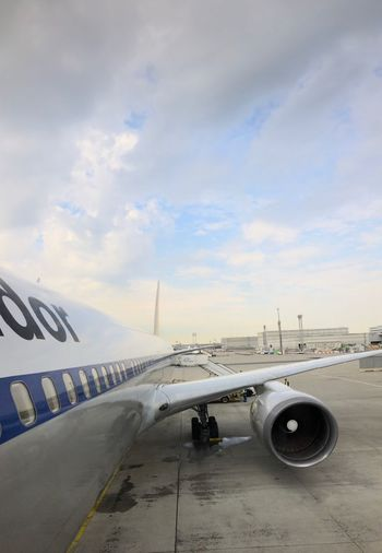 Boarded & off to Vegas! …at FRA for Condor ✈️ DE2062 ⇢ LAS. Transportation Cloud - Sky Sky Mode Of Transportation Air Vehicle Airplane Airport Travel Airport Runway Commercial Airplane Aircraft Wing