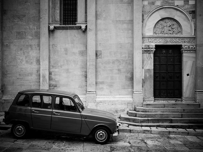 The Architect - 2016 EyeEm Awards Old-fashioned Old Car Old But Awesome Old School Architecture Architectural Detail Architectureporn Romanic Romanic Church Romanic Architecture Renault Renault4 Renault 4 Blackandwhite Monochrome Photography The Drive Place Of Heart Connected By Travel