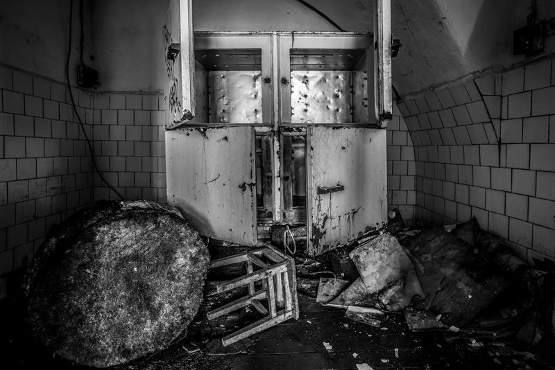 Beyond repair Abandoned B&w Bad Condition Blackandwhite Broken Damaged Deterioration Dirty Estonia Europe Interior Machinery Messy Mono Monochrome No People Obsolete Old Patarei Prison Run-down Tallinn Urban Exploration Urbex Urbexphotography