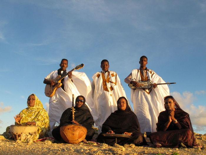 Chants Sahraoui Du Maroc El Hassania Music El Hassania Sahara Music Moroccan Music Morocco Music Of Moroccan Heritage Sahara Of Morocco Moroccan Culture Moroccan Desserts
