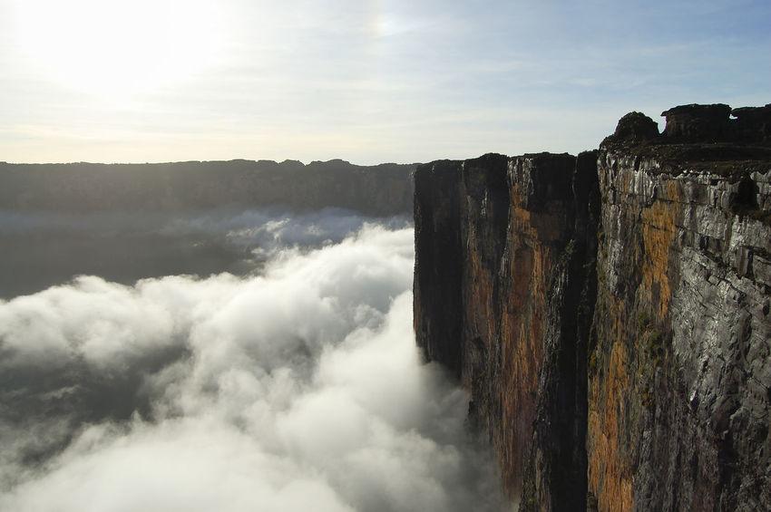 Mount Roraima - Venezuela Table Mountain Venezuela Cliff Nature Park Roraima Scenics Tepuy