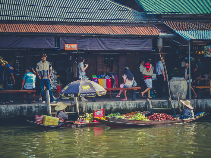 Amphawa Floating Market At Samut Songkhram Province Thailand. January 30, 2010: Amphawa Floating Market. Active Amphawa  Boats Canal Eye4photography  EyeEm Best Shots Famous Place Floating Market Food From My Point Of View Lifestyles People Photography River Rual Seller Streetfood Tourism Transportation Travel Photography Traveling Water Working Evrybody Street Streetphotography