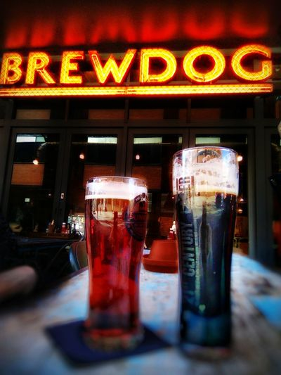Craft beer to warm Up the body Beer Time Contrast Craftbeer Brewdog Bar Liverpool Red Shadow