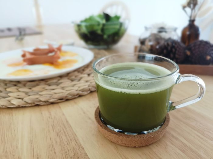 green tea Drink Drinking Glass Healthy Lifestyle Smoothie Vegetable Healthcare And Medicine Close-up Food And Drink Green Color Matcha Tea Japanese Tea Cup Tea - Hot Drink Tea Cup Green Tea Frothy Drink Herbal Tea Mint Tea Tea Ceremony Teapot Afternoon Tea Tea Spinach Detox