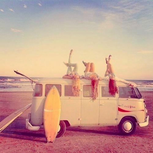 Surfergirls and their ride VW Volksyvan Surfboard mydreamcar