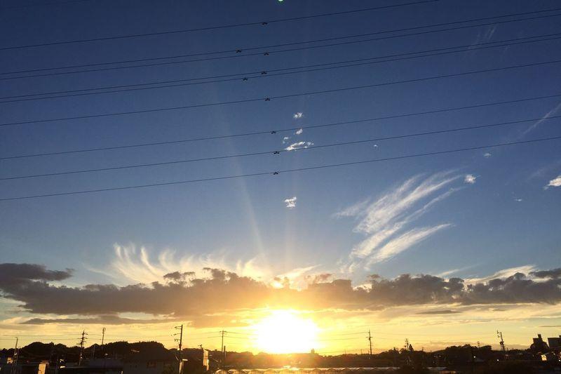 沈むちょっと前 夕陽 夕焼け Sunset 空 Sky 太陽 Sun 雲 Clouds
