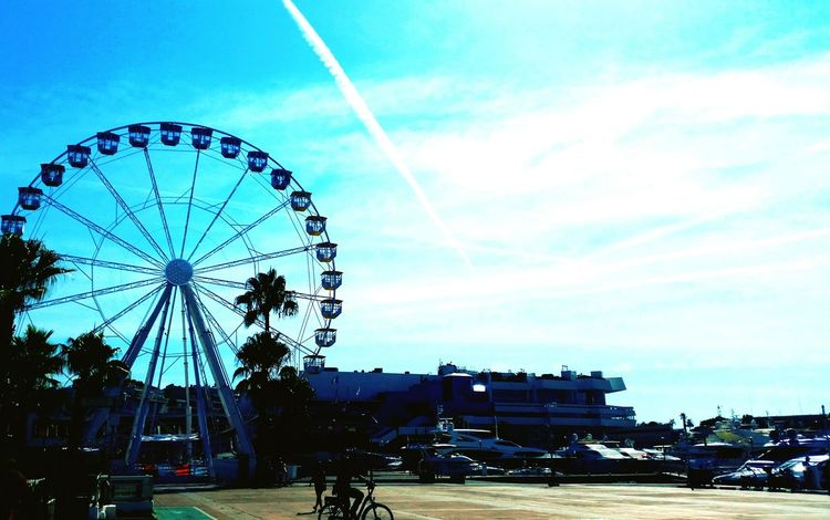 Cannes, France Travel Photography Blue Skyline Opensky Sky Horizon Shadow Photography Landscape Landscape_photography Mypointofview Mypointofview Eye4photograghy Point And Shoot Point Of View Worldisbeautiful Worldismine Ferriswheelinthecity🎡🎢 Ferris Wheel Ferriswheel🎡