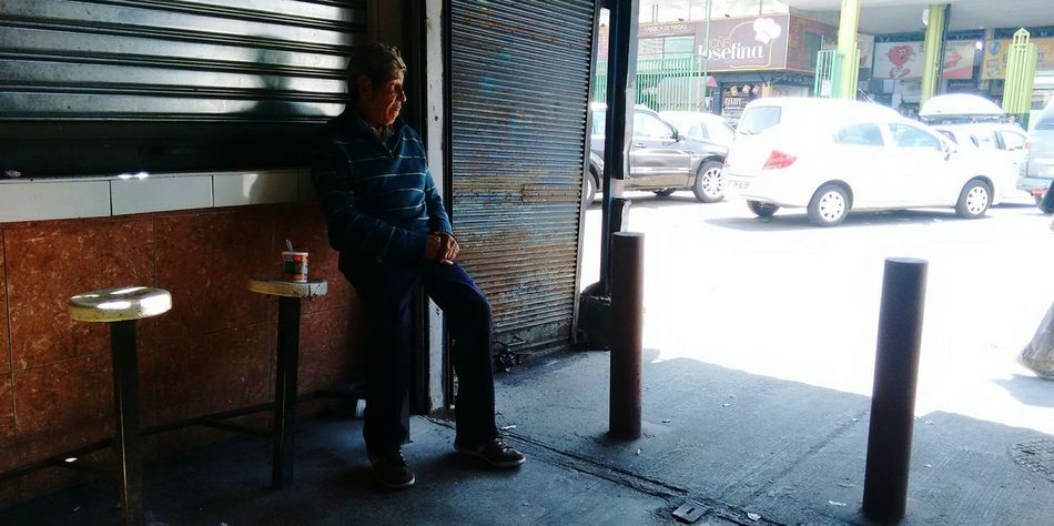 Sudamerica Relaxing Santiago De Chile People_and_world People Photography Peoplephotography Streephotographer Streetphotography Relaxing Moments Relaxing Time