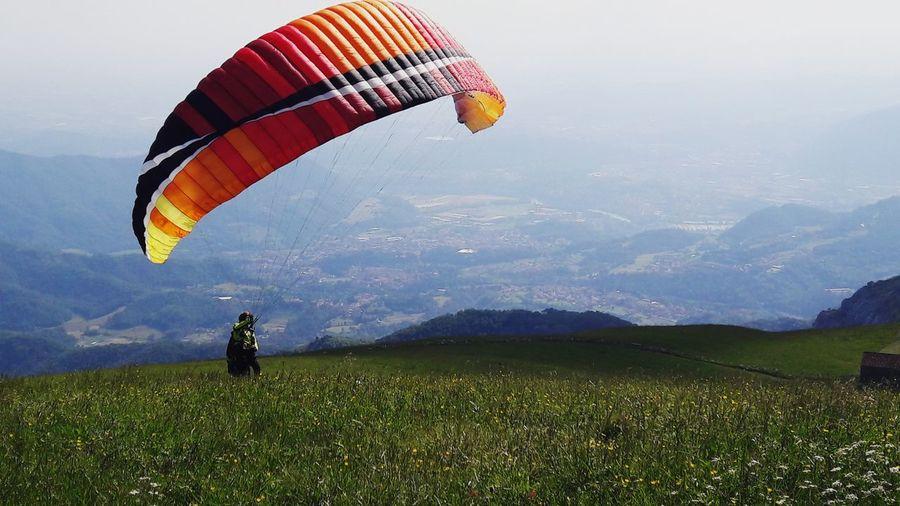 fly Sky Skyporn Kite Kite Flying Paragliding Parachute Extreme Sports Mountain Sportsman Flying Adventure Sport Aerobatics Hot Air Balloon Pilot