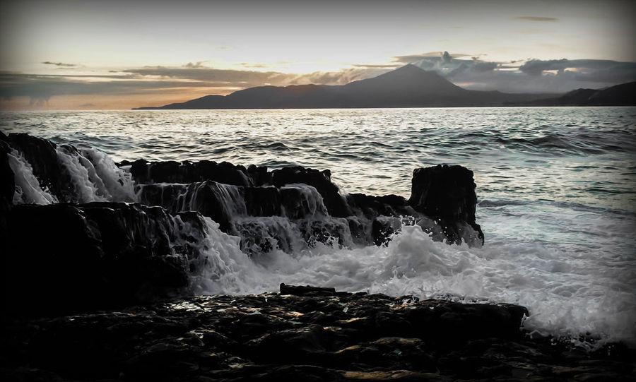 #EyeEmEsterlinda Beauty In Nature Mountain Nature Scenics Sea Sky Splashing Sunset Tranquil Scene Tranquility Water Wave