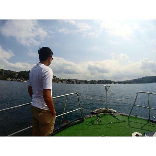Sebelah sana adalah Istanbul Asia(bahagian Asia lah)..dok usha mana tau ada mermaid berenang sambil berbogel..sedap gak mata memandang..hahaha Bhosporus Istanbul