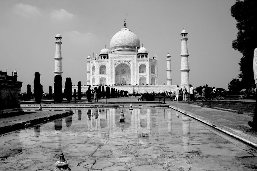 Architecture_collection India Taj Mahal Travel Photography Ancient Civilization Arch Architecture Beautiful Architecture Blackandwhite Photography Building Exterior Built Structure Dome Incidental People Memorial Monochrome Nature Outdoors Reflecting Pool Reflection Sky The Past Tourism Travel Travel Destinations Water