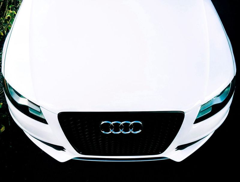 Luxury No People Close-up Car HighContrastPhotography Day Wideangle Lens Plant Reflection Audi Carenthusiastlifestyle Automotive Photography Vehicle Hood Vehicle Lights