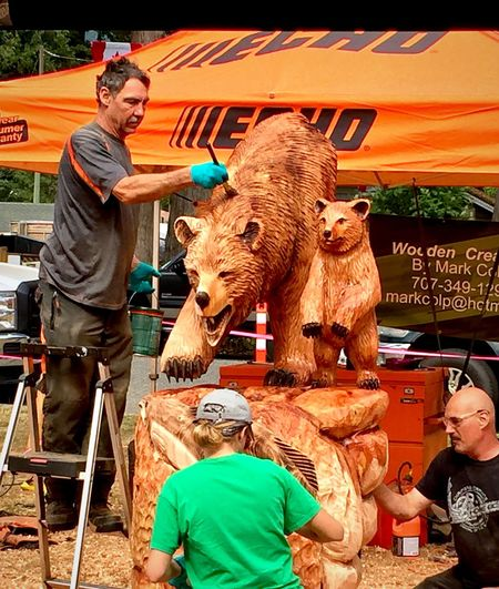 Mark Colp Wood Carving Art Chainsaw Art AMPt Community IPhoneography Bears 🐻 adding varnish coating