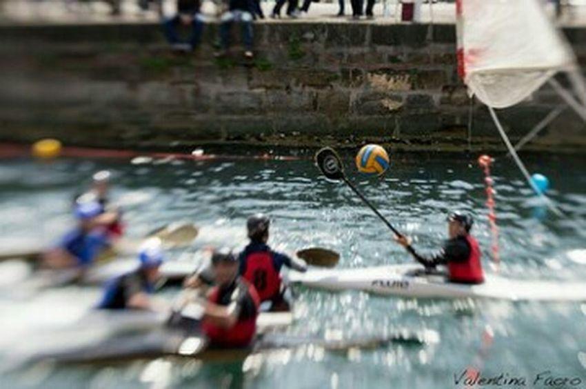 Sport In The City Trieste Lensbaby  CanoaPolo CanoePolo TrofeoPonterosso Kayak Kayakpolo CMM Circolo Marina Mercantile TriesteSocial EyeEm Trieste Sports Photography Sport Time